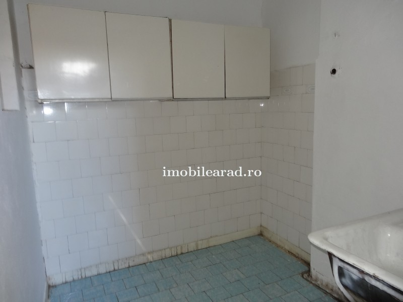 Vand apartament 2 camere Ultra-Central