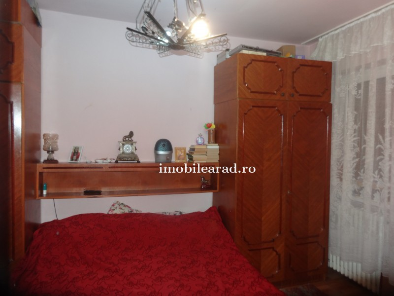 Apartament 2 camere central str. T. Vladimirescu la bloc, 63 mp